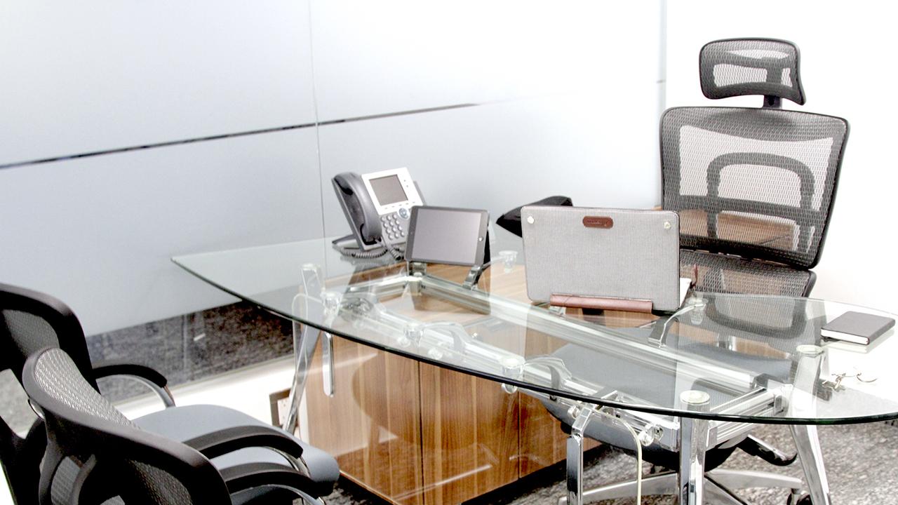 mobiliario de oficina, oficina física y oficina virtual, sala de juntas y oficinas privadas