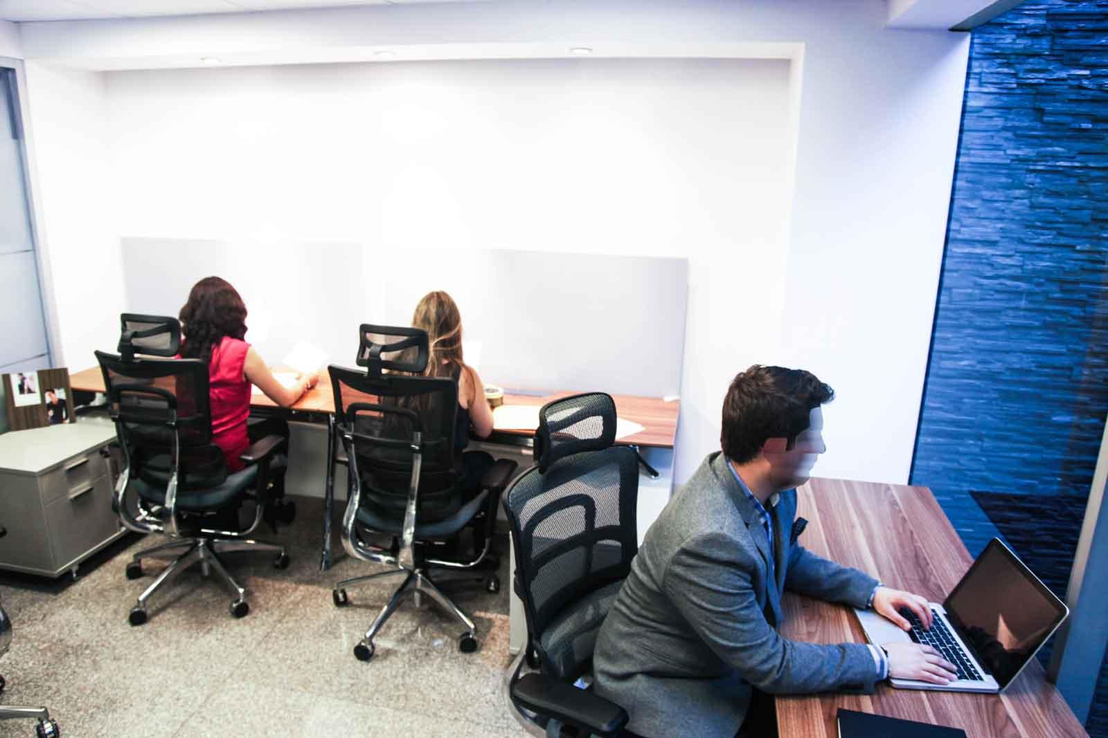 Modernas oficinas privadas para su empresa